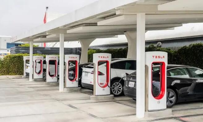 电池价格下跌速度比预期要快 电动汽车时代正提前到来?